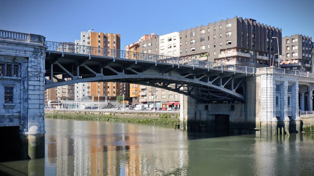 bilbao-puente-y-universidad-de-deusto