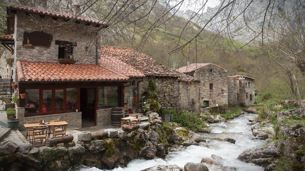 asturias-cabrales-naranjo-de-bulnes